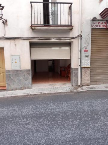 Dúplex en Venta en Calle Andalucía De Iznalloz,  d