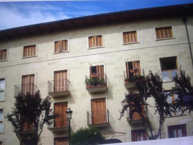 Piso en Venta en Calle De Las Teñas de Ezcaray, Pi
