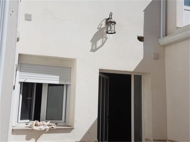 Casa adosada en Venta en Calle De La Cruz, 5 de Al