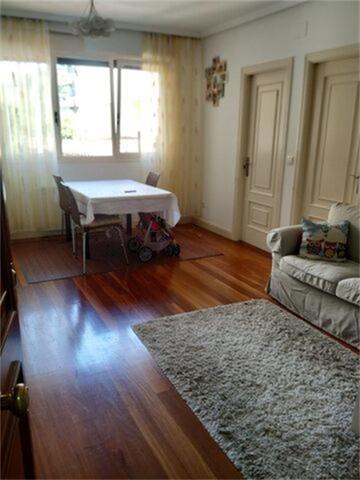 Apartamento en Alquiler en Calle Sable de Castro-U
