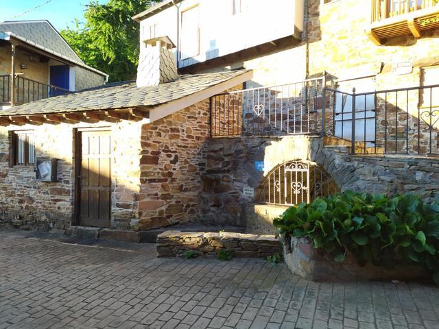 Casa adosada en Venta en Calle Real,  de Molinasec
