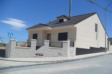 Haus oder Chalet zum verkauf in Wohnsiedlung las Lomas, Olías del Rey