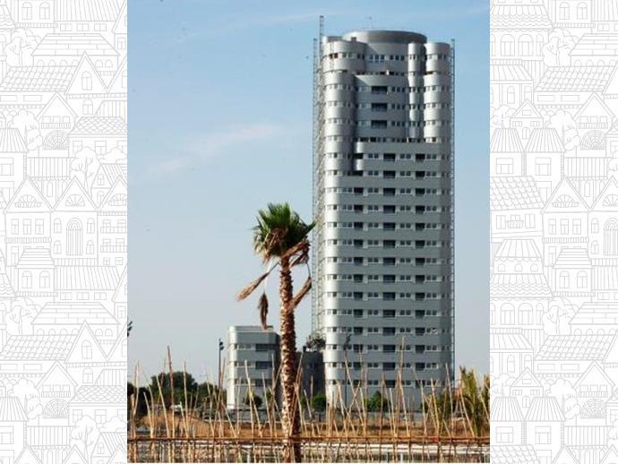 Foto 3 de Calle Benidoleig, 1 / La Torre, Pobles del Sud ( Valencia Capital)