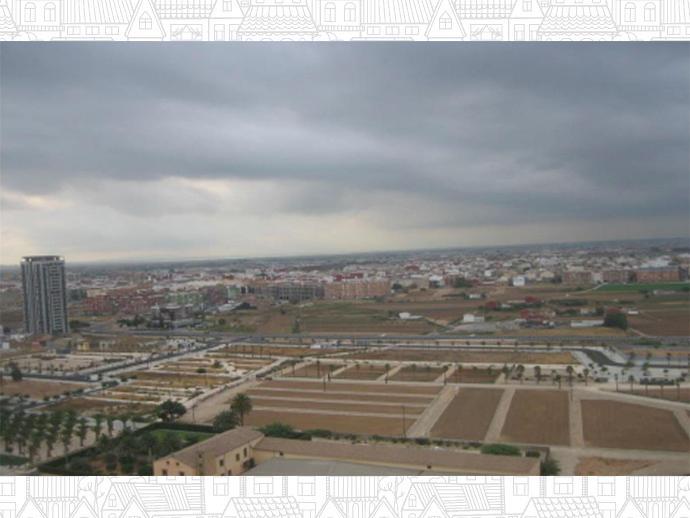 Foto 32 von Strasse Benidoleig, 1 / La Torre, Pobles del Sud ( Valencia Capital)