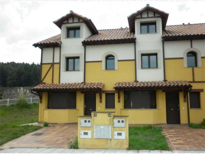 Photo 3 of PALACIO DEL VILLAR / Castrillón
