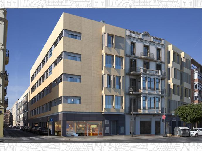 Foto 1 de Avinguda Del Puerto, 284 / La Creu del Grau, Camins al Grau ( Valencia Capital)