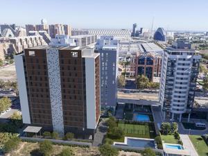 New home  Valencia Capital