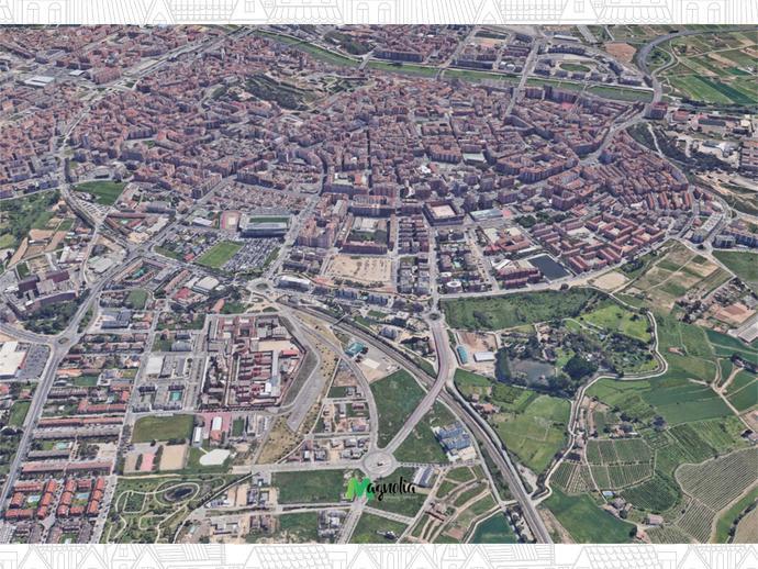 Foto 4 von Landstrasse ARQUITECTE IGNASI MIQUEL, 2 / Joc de la Bola - Camps d'Esports - Ciutat Jardí - Montcada ( Lleida Capital)