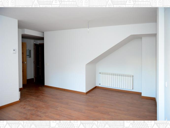 Photo 5 of Duplex apartment in  / Malpartida de Plasencia