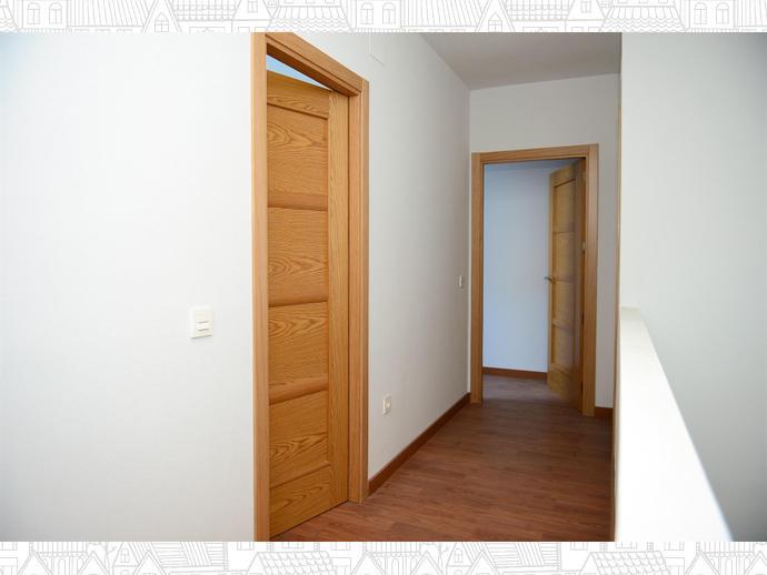 Photo 6 of Duplex apartment in  / Malpartida de Plasencia