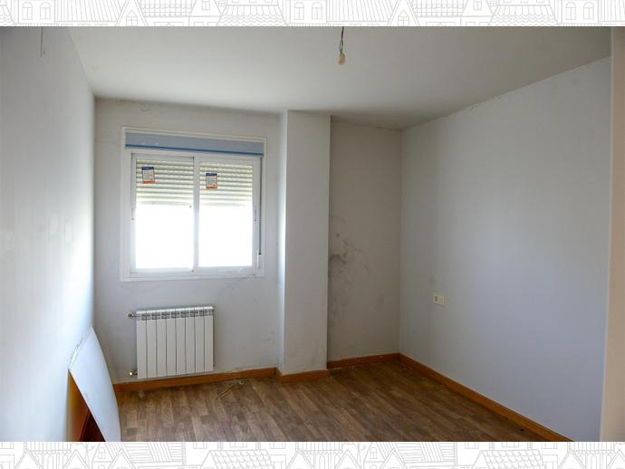 Photo 9 of Duplex apartment in  / Malpartida de Plasencia