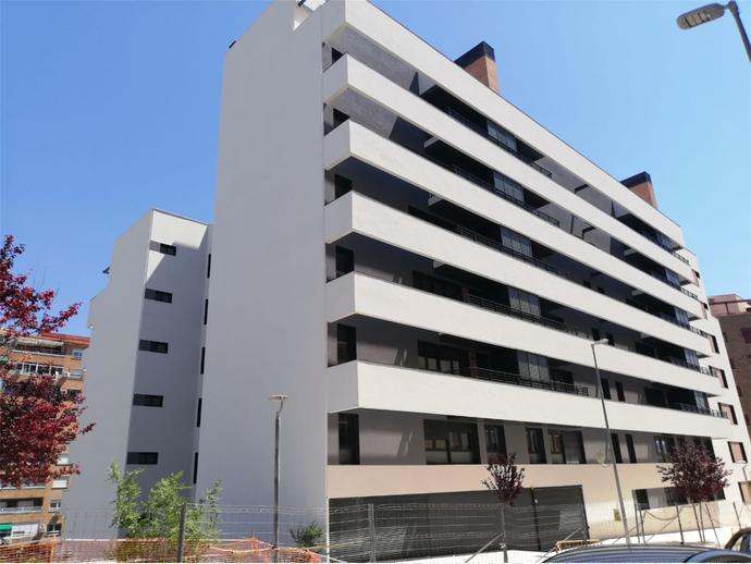 Photo 18 of Av Andalucía,  / Santa Isabel - Ciudad Sanitaria ( Jaén Capital)