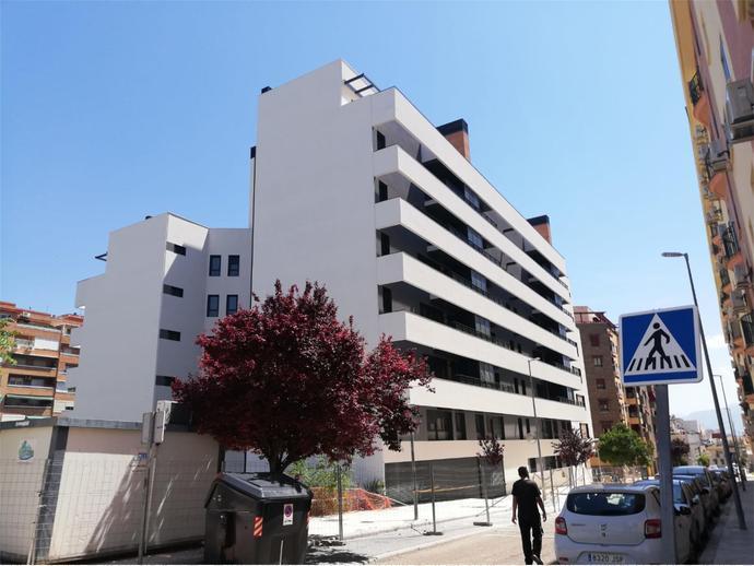 Photo 21 of Av Andalucía,  / Santa Isabel - Ciudad Sanitaria ( Jaén Capital)
