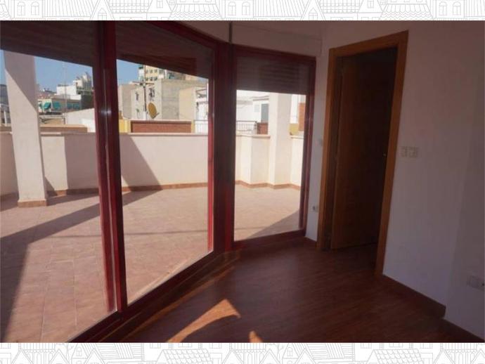 Foto 3 von Paus - Poligono San Blas, San Blas (Alicante / Alacant)