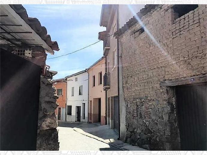 Photo 3 of El Tiemblo