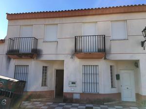 New home Arroyomolinos de León