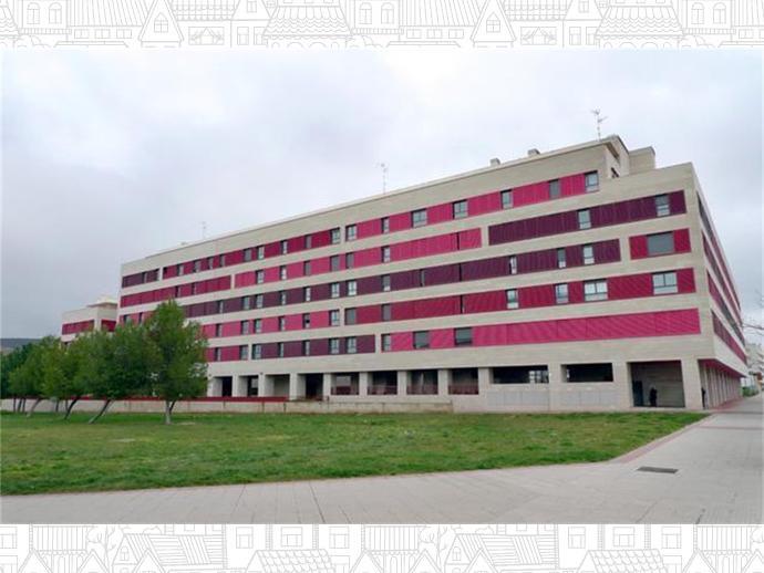 Foto 2 de Universidad - Los Lirios ( Logroño)