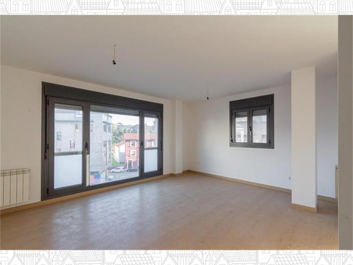 Foto 7 de Inmobiliaria - Barreda (Torrelavega )