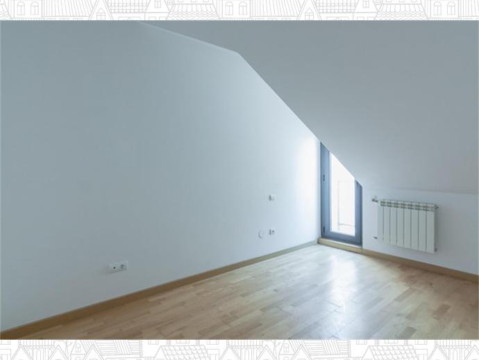 Foto 16 de Inmobiliaria - Barreda (Torrelavega )