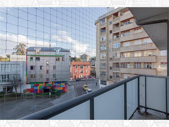 Foto 30 de Inmobiliaria - Barreda (Torrelavega )