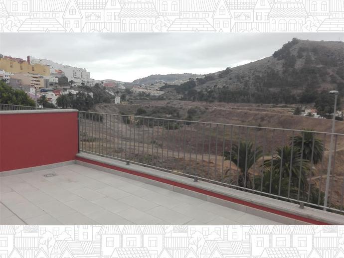 Foto 3 de Carrer Escudero Sancho Panza / Arucas