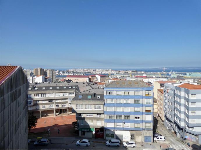 Foto 25 de Calle CERCA, 7 / Los Castros - Castrillón - Eiris (A Coruña Capital )