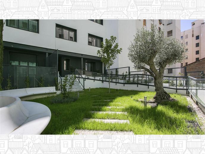 Foto 1 von Erdgeschosswohnung in Strasse Ferraz 41 / Argüelles,  Madrid Capital