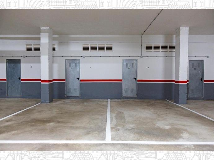 Photo 23 of Pabellón - Estación - El Corte Inglés, El Ejido ciudad (El Ejido)
