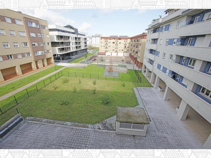 Foto 17 von Nuevos Roces, Sur (Gijón )
