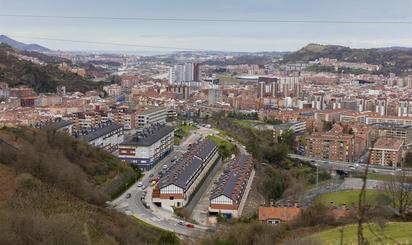 Casas en venta con ascensor en Bilbao