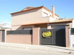 New home Santa Oliva