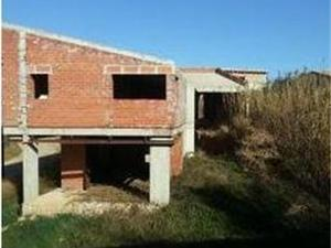 Neubau Saus, Camallera i Llampaies