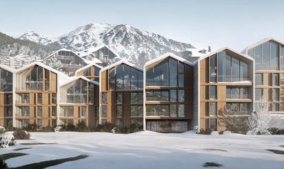 Calle Estación de esquí Grandvalira, Canillo pueblo, Andorra, Canillo